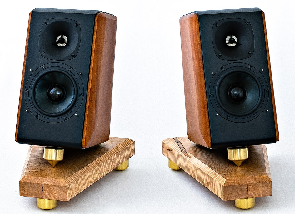 choose speaker stands